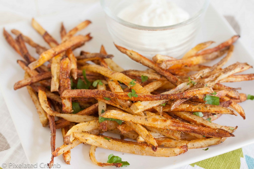 Oven Fries 4 1024x682 oven baked garlic fries with garlic aioli
