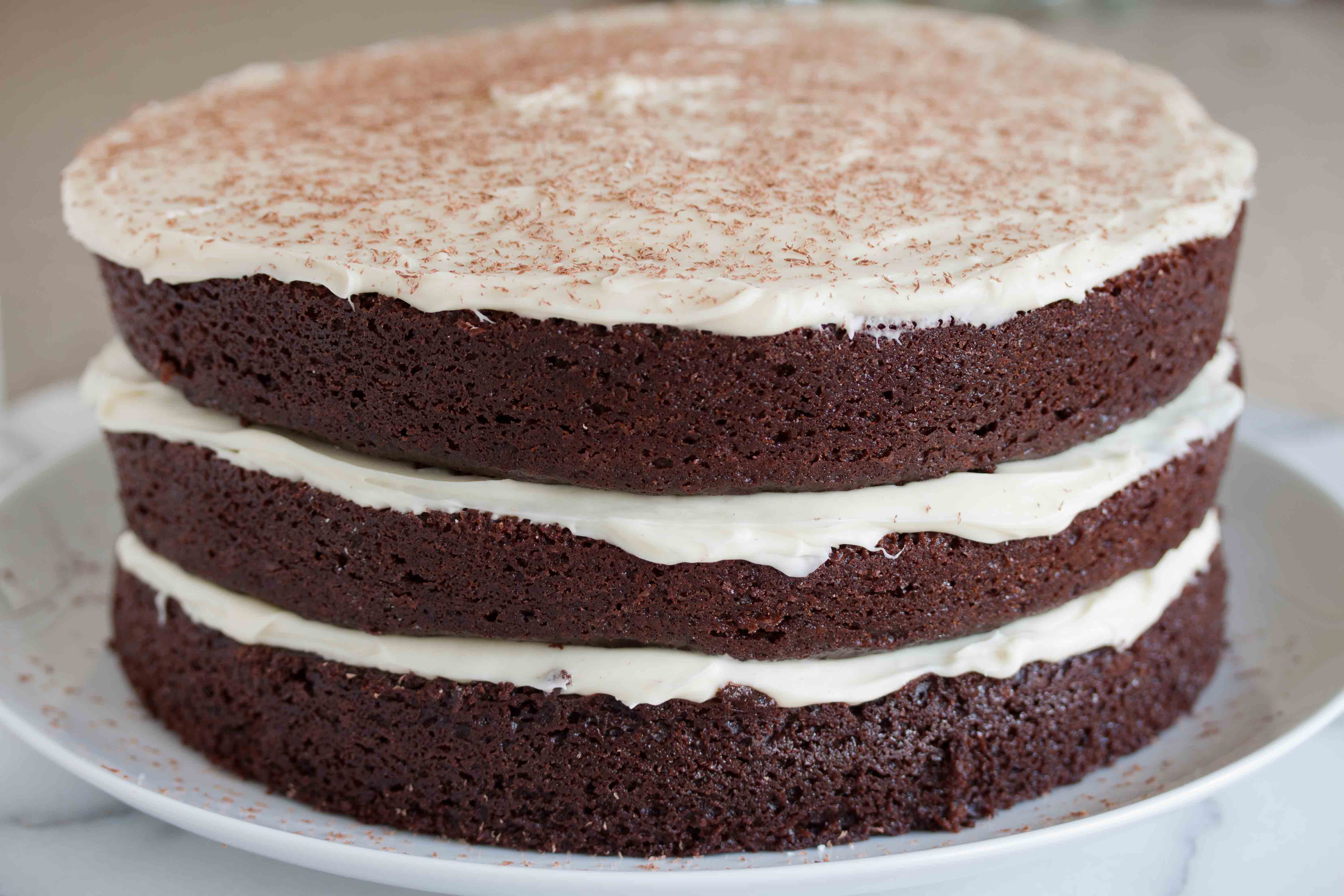 Cake With Chocolate Cream Cheese Frosting : chocolate cake with white chocolate cream cheese ...