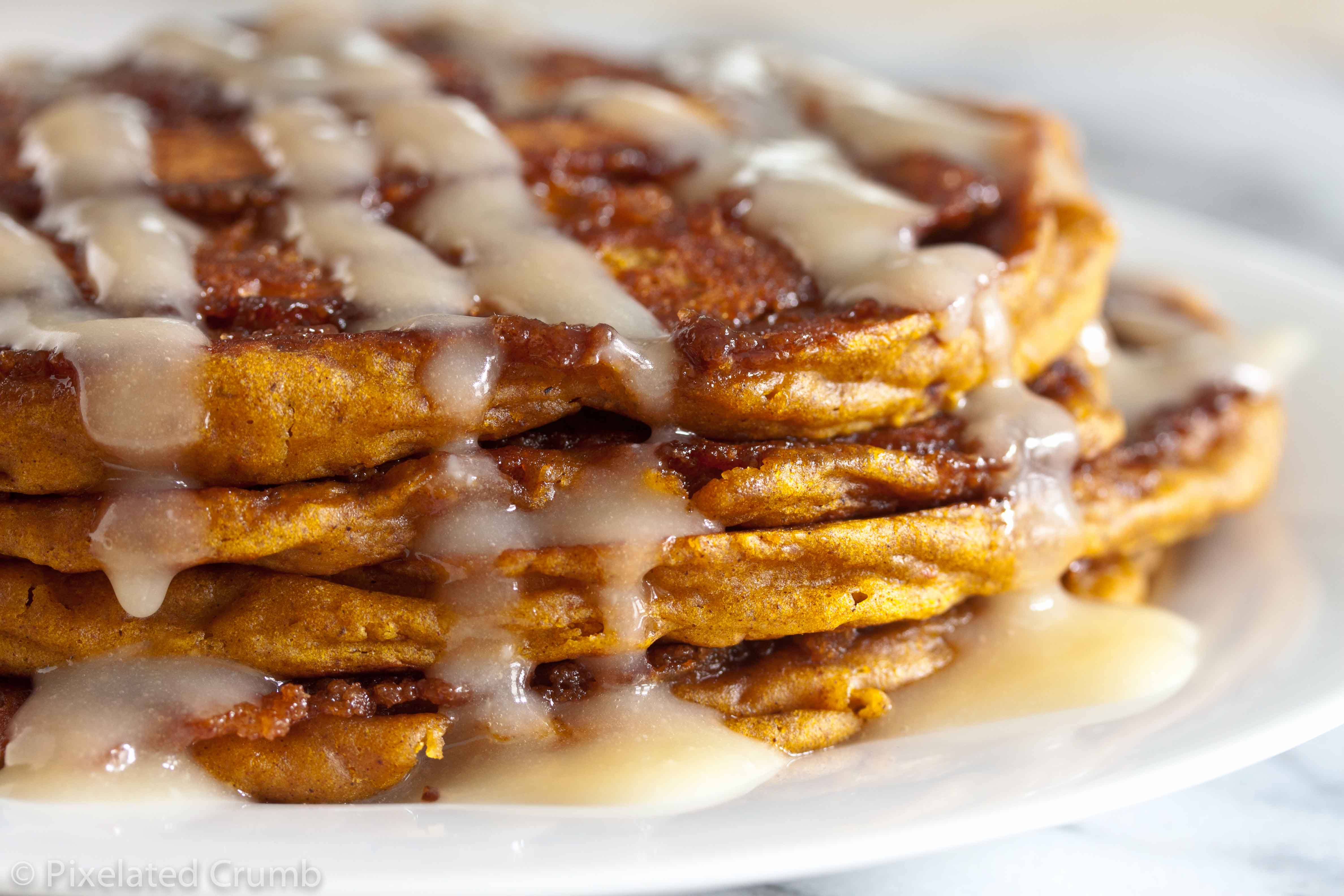 Pumpkin Cinnamon Roll Pancakes 5 pumpkin cinnamon roll pancakes