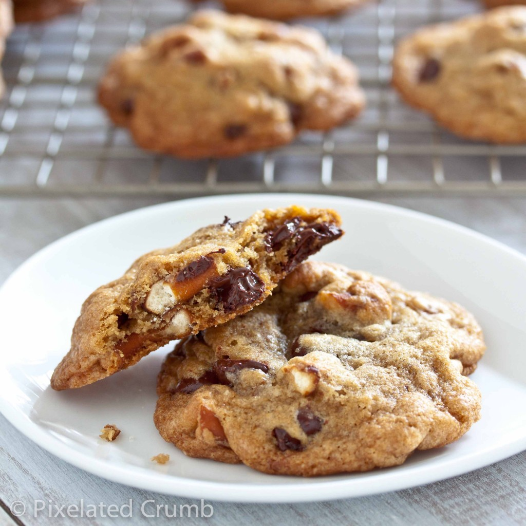 chocolate chip pretzel cookies 7 1024x1024 chewy chocolate chip pretzel cookies