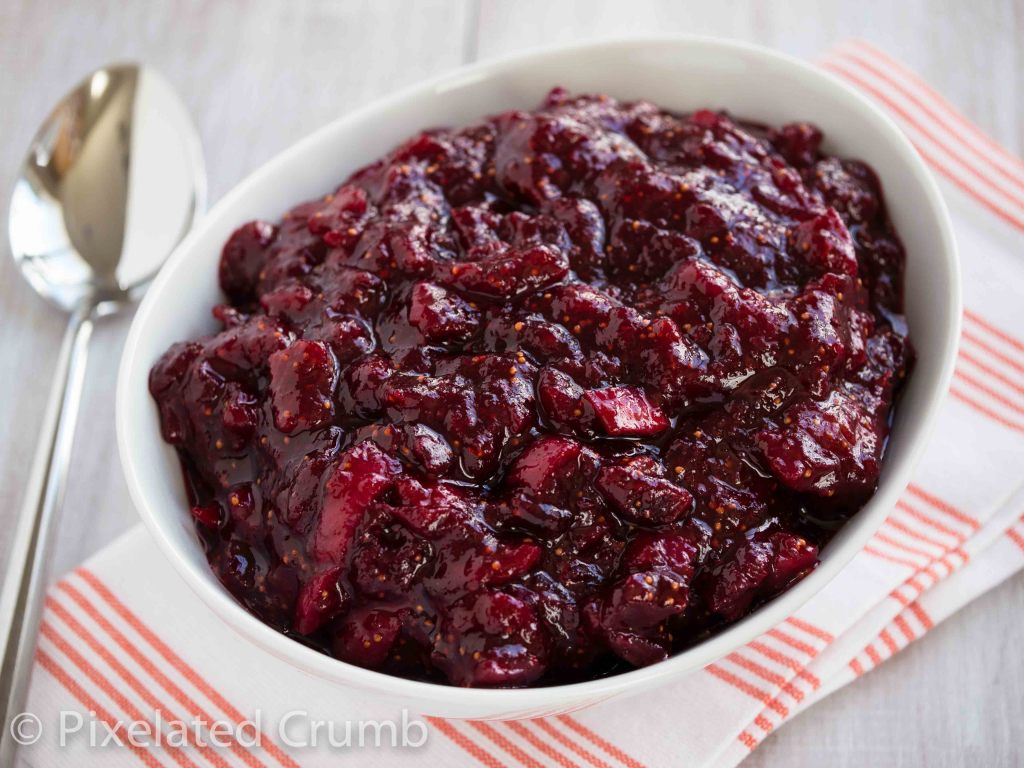 Cranberry sauce 7 1024x768 red wine and fig cranberry sauce